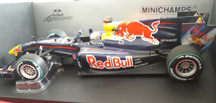 Minichamps - Scale 1 18-1 8 - Sebastian Vettel Red Bull Racing RB6 Abu  Dhabi GP 2010 World Champion - Ltd. 7 ac9f2f459e