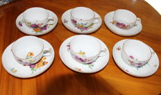 6 Meissen Marcolini, cups and saucers + 1 saucer / floral painting with a golden rim