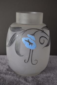 Legras glassworks - Glass vase with enamelled decoration