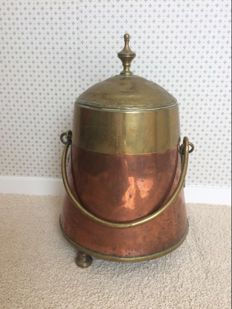 Red copper with brass decorated extinguishing pot - Holland - early 19th century