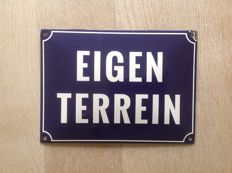 Enamel sign with text EIGEN TERREIN - 2nd half of 20th century