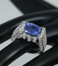 White Gold, IGI Certified designer 5.31 ct. Blue Sapphire  ( Untreated,Unheated ) and 2.89 ct. diamond Ring