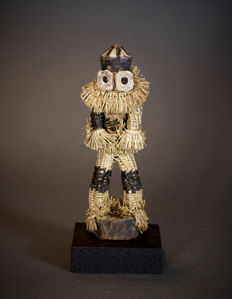 African Tribal Minganji PENDE Masquerade Doll. Democratic Republic of the Congo.