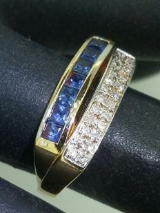 gold ring with sapphires and diamonds - 18 kt gold - ring size 58