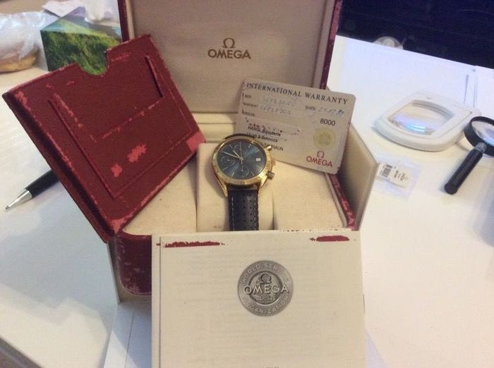 Omega Speedmaster - Men's wristwatch - 1999