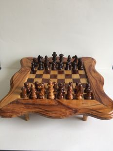 Elm and oak wood Chess Board on 4 feet and 2 drawers to store the pieces.