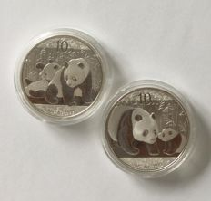 China – 10 yuan 2010 and 2011 'Panda' – 2 x 1 oz silver