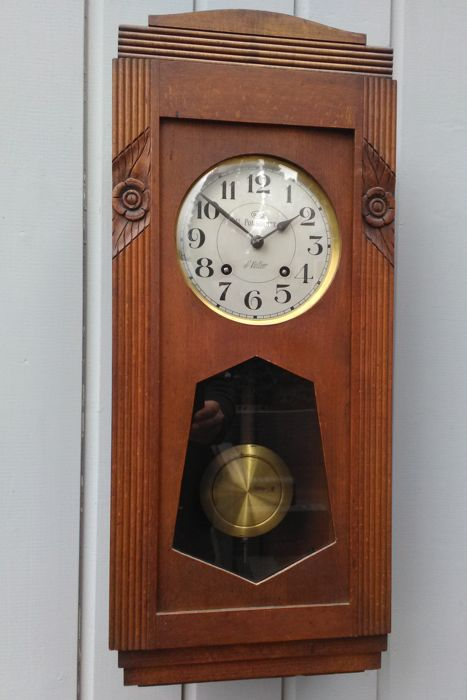 Odo regulator with signed dial - France - Art Deco - circa 1930