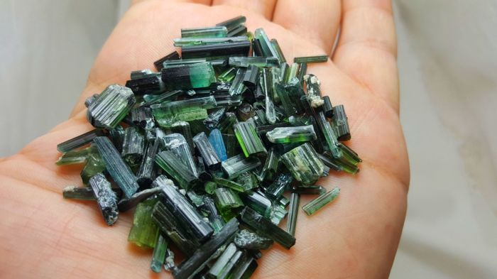 Green & blue cap Indicolite tourmaline lot. - 120 ct.
