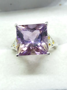Gorgeous Natural 50/50 split 6.08cts Amethyst & Citrine Bolivian Ametrine & Brazilian Rio Golden Citrine Coctail ring.