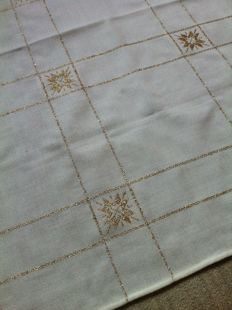Square table cloth with golden star embroidery