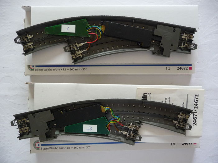 Märklin H0 - 24671/-672/74490/-60 - 2 curved C-rail points met 2x switch decoders and 2x switch drive