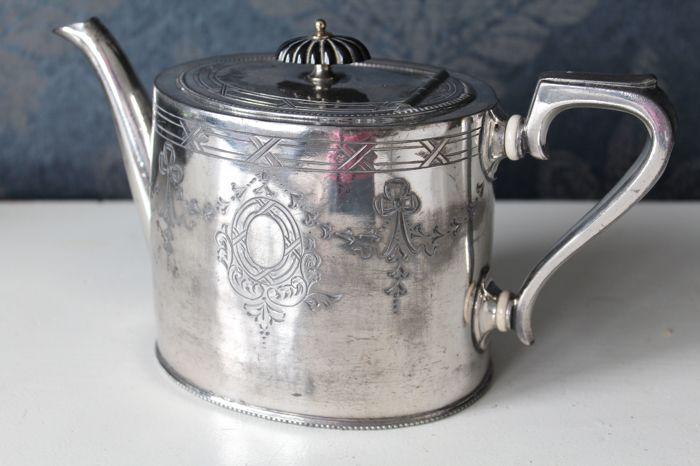 Rare silver plated tea pot, BUXTON & CO United Kingdom - ca (1861-1863)