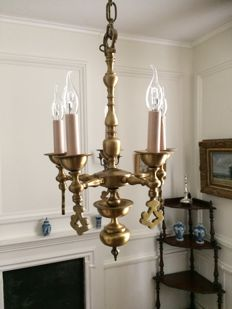 Heavy chandelier brass (transformed into electrical) with five light points in 17th century style, Holland,