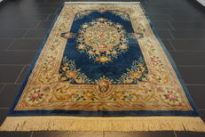 Magnificent China Art Deco Aubusson carpet, oriental carpet, made in China, 185 x 280 cm