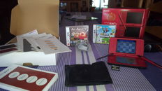 Nintendo DSI XL Limited Mario Edition Red 25th anniversary boxed incl 2 games.