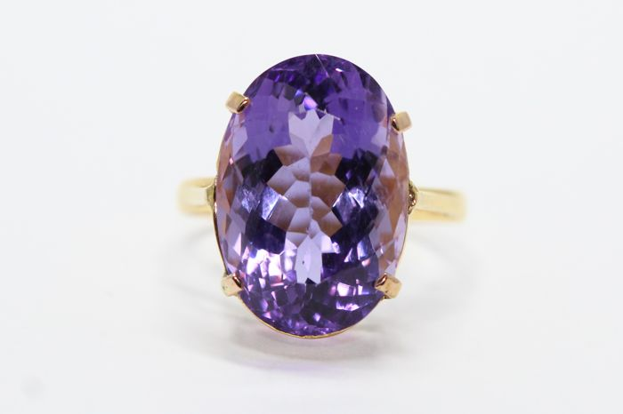 18k gold ring set with natural amethyst, 12 ct, size 54