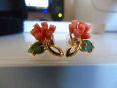 Gold-plated vintage ear studs with Swarovski diamonds, carved genuine jade petals and genuine coral roses, Swoboda NY 1955-1960