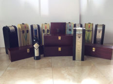 Lot with 14 wine boxes