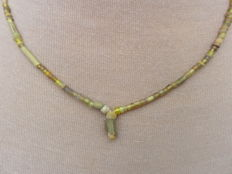 Roman Empire - Roman necklace with yellow iridescent glass beads - 45 cm + 1.5 cm