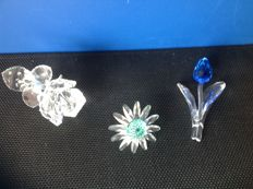 Swarovski - Rose - Blue Tulip - Green Daisy.