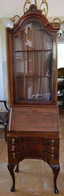 English cabinet with secretary desk in mahogany, England, late 19th, early 20th century