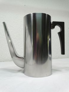 "Arne Jacobsen for Stelton - Brushed stainless steel coffee pot from the ""Cylinda"" line"