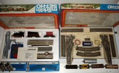 Märklin H0 - Set S and E + more freight carriages & M rails