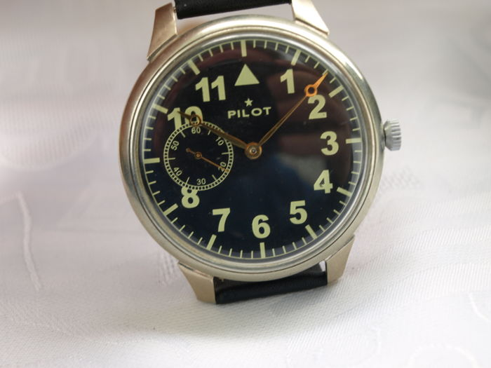 29 Molnija Pilot men's military wristwatch 1950-1959
