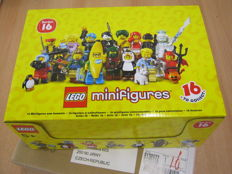 Series 16 Collectible Minifigs - FULL box!