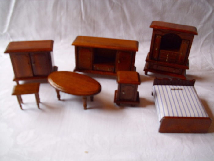 Antique Miniature Dollhouse Furniture Catawiki