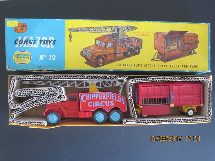 Corgi Major Toys - Scale 1/48 - Gift Set No.12 Chipperfield's Circus Crane and Cage