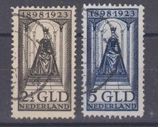 The Netherlands, 1923 – Anniversary of the reign of Queen Wilhelmina – NVPH 130 + 131