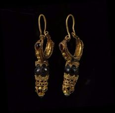 Pair of gold and filigree Greek pendants - size 55 mm, 15 g