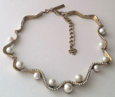 Oscar de la Renta Crystal Pavé Wave Pearl Necklace