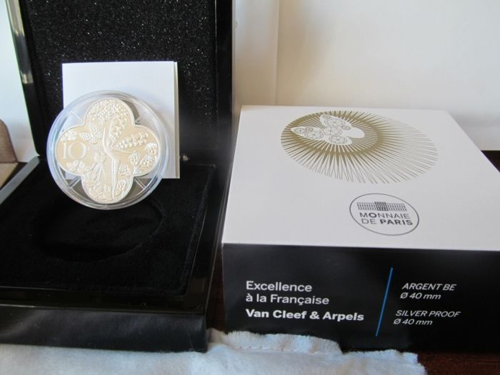 "France – 10 Euro 2016 ""French Excellence Van Cleef & Arpels"" in a casket – Silver"