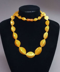 Vintage amber necklace, untreated, 57 g