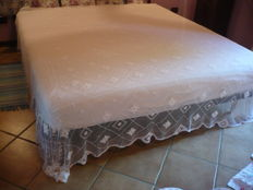 Antique cotton bedspread made in crochet filet