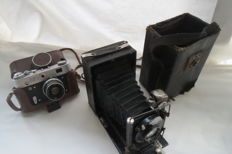 """FED-3. USSR produced FED (Kharkov) 1961-1979.As a gift, a rare and disappearing camera """"Photokor №1"""" (not working) 1930-1943 USSR."""