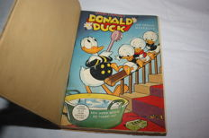Donald Duck Weekblad - Complete Year in 2 private bindings - 2xhc - 1st edition (1953)