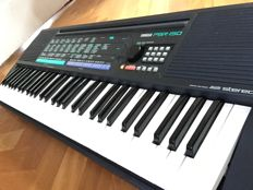 Yamaha PSR-150 Vintage Keyboard (1991) including adapter and music stand