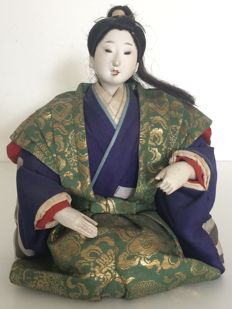 Old and detailed traditional Gofun Ningyō doll (人形) with Japanese costume - Japan - Late 19th century