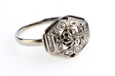 White gold antico ring from approximately 1920, in perfect condition.