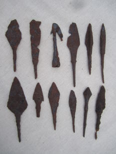 Medieval iron arrowheads - 49/89 mm
