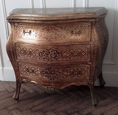 Chest of drawers in Louis XV style with Florentine decor, early 20th