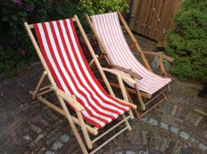 Manufacturer unknown - vintage beach chairs