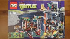Teenage Mutant Ninja Turtles - 79103 - Ninja Turtles Lair Attack