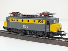 Märklin H0 - 3324 - Electric locomotive 1100 series of the NS, 'botsneus' version, no 1139