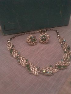 Necklace and earrings by Lisner, beautiful and vintage, with original box.