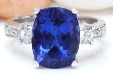 6.43 Carat Tanzanite And Diamond Ring In 14K Solid White Gold *** Free shipping *** No reserve *** Free resizing
